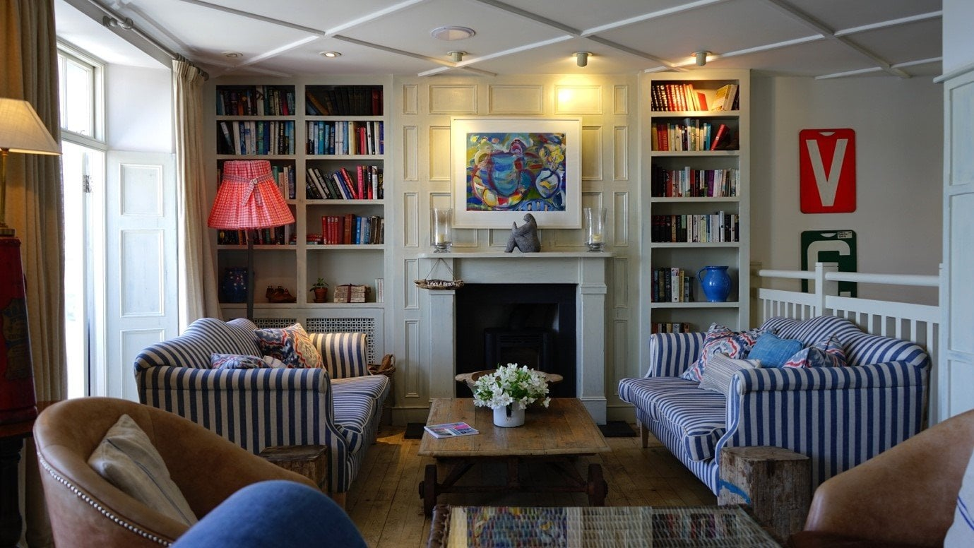 Small Living Room Ideas How To Make The Most Of The Space You Have Sofas By Saxon